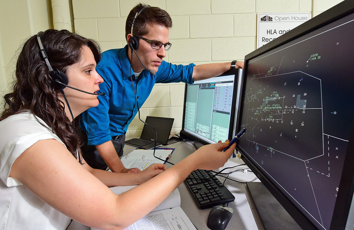 Rachel Haga and Marc Canellas in the Cognitive Engineering Lab